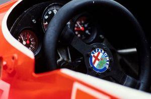 El volante y el tablero the Alfa Romeo 179s