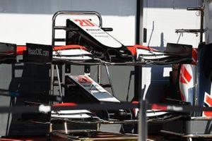 Nez et aileron avant de la Haas VF-20
