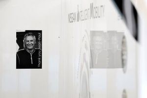 Memorial Jean-Paul Driot dans le garage Nissan e.Dams