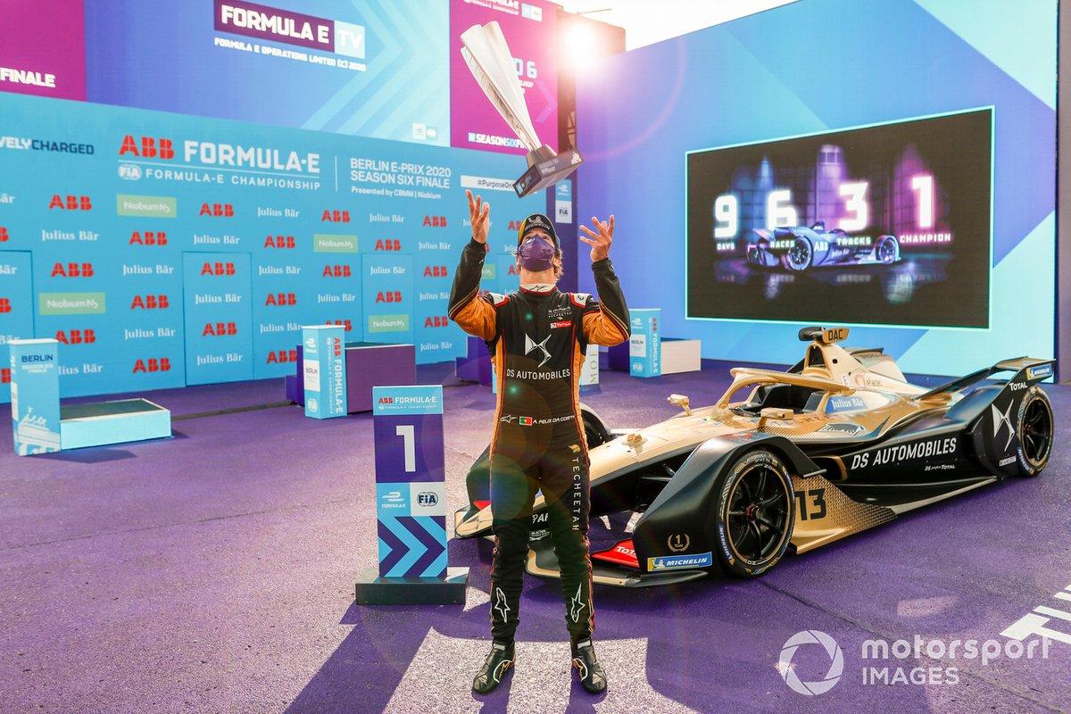 Antonio Felix da Costa, DS Techeetah festeggia la vittoria sul podio