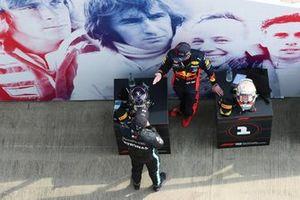 Lewis Hamilton, Mercedes AMG F1, et Max Verstappen, Red Bull Racing