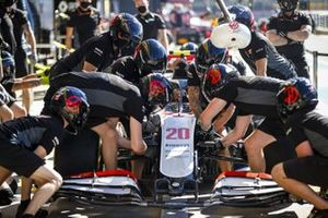 Haas F1 team pit stop practice