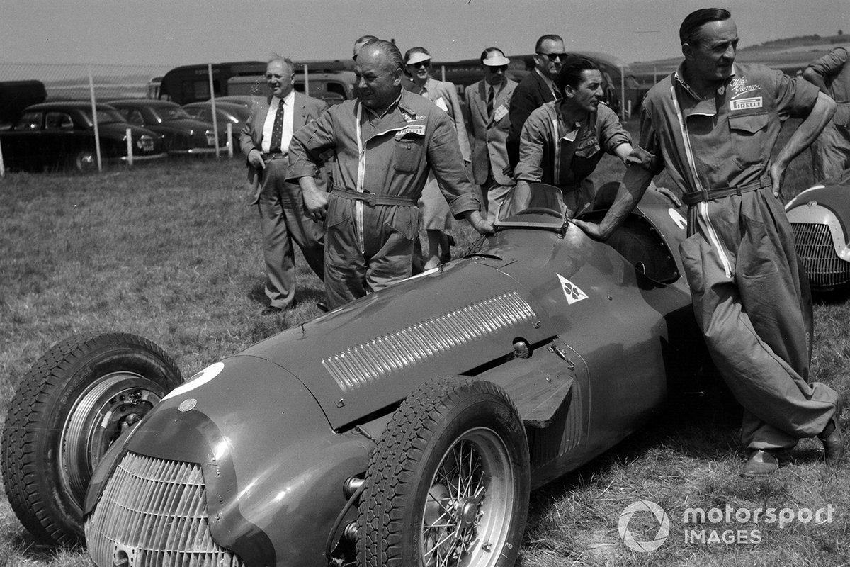 Luigi Fagioli, Juan Manuel Fangio, Alfa Romeo 159 and Alfa Romeo mechanics