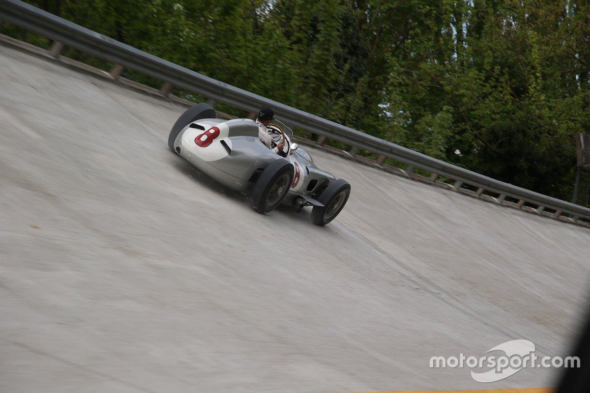Lewis Hamilton y Sir Stirling Moss en Monza