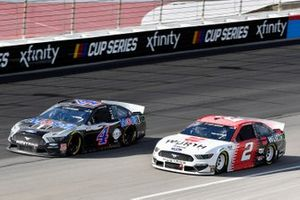 Kevin Harvick, Stewart-Haas Racing, Ford Mustang Mobil 1 and Brad Keselowski, Team Penske, Ford Mustang Wurth