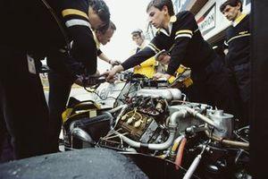 Детали турбомотора Renault-Gordini EF1