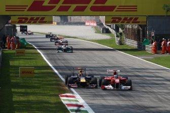 Sebastian Vettel, Red Bull Racing RB7, Fernando Alonso, Ferrari 150