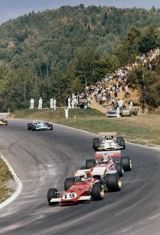 Clay Regazzoni, Ferrari 312B, Chris Amon, March 701 Ford, Jackie Oliver, BRM P153 y Henri Pescarolo, Matra MS120