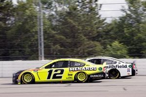 Ryan Blaney, Team Penske, Ford Mustang Menards/Duracell and Aric Almirola, Stewart-Haas Racing, Ford Mustang Smithfield Vote For Bacon