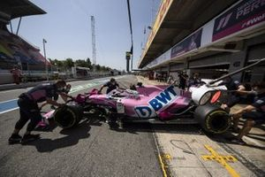 Sergio Perez, Racing Point RP20, is returned to the garage