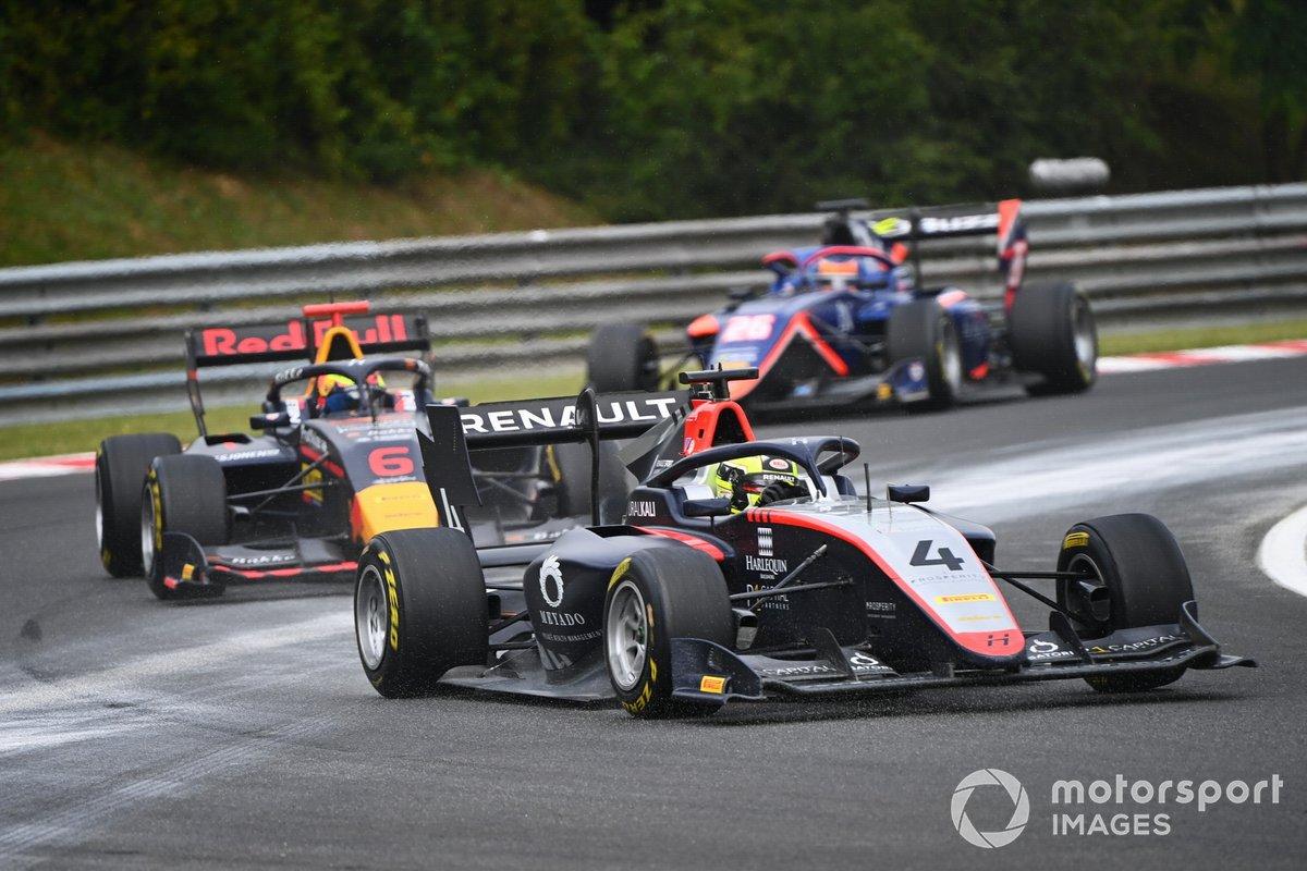 Max Fewtrell, Hitech Grand Prix y Dennis Hauger, Hitech Grand Prix