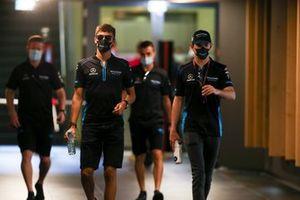 George Russell, Williams Racing y Nicholas Latifi, Williams Racing