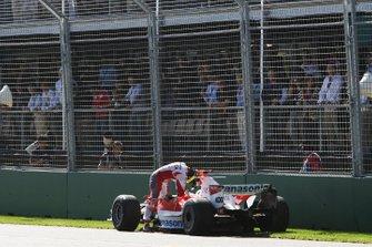 Ralf Schumacher, Toyota se retira de la carrera