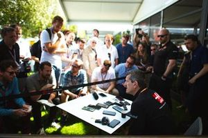 Gunter Steiner, Haas F1 Team, takls to the journalists