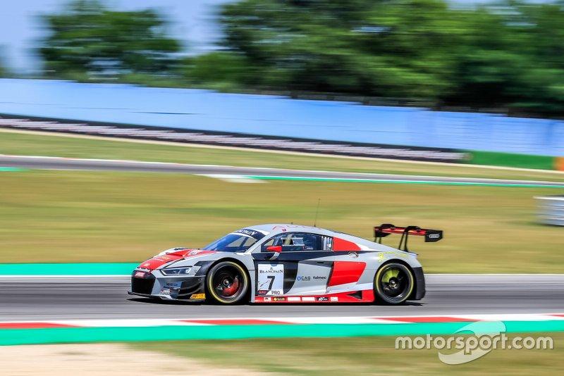 #7 Audi Sport Italia Audi R8 LMS GT3: Andrea Fontana, Pierre Kaffer
