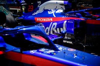 Wagen van Alex Albon, Toro Rosso STR14