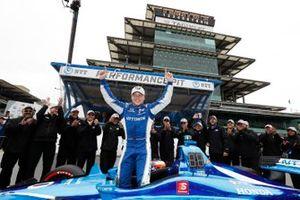 Ganador de la pole Felix Rosenqvist, Chip Ganassi Racing Honda