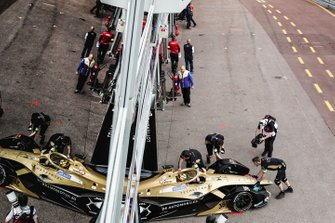 Andre Lotterer, DS TECHEETAH, DS E-Tense FE19 is pushed back into the garage