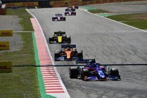 Alexander Albon, Toro Rosso STR14, Carlos Sainz Jr., McLaren MCL34, en Daniel Ricciardo, Renault R.S.19