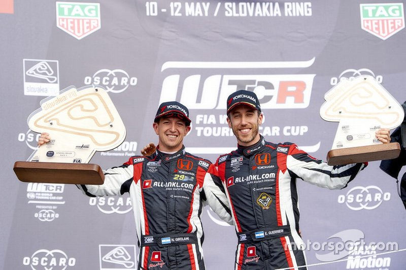 Podio: Néstor Girolami, ALL-INKL.COM Münnich Motorsport Honda Civic Type R TCR, Esteban Guerrieri, ALL-INKL.COM Münnich Motorsport Honda Civic Type R TCR