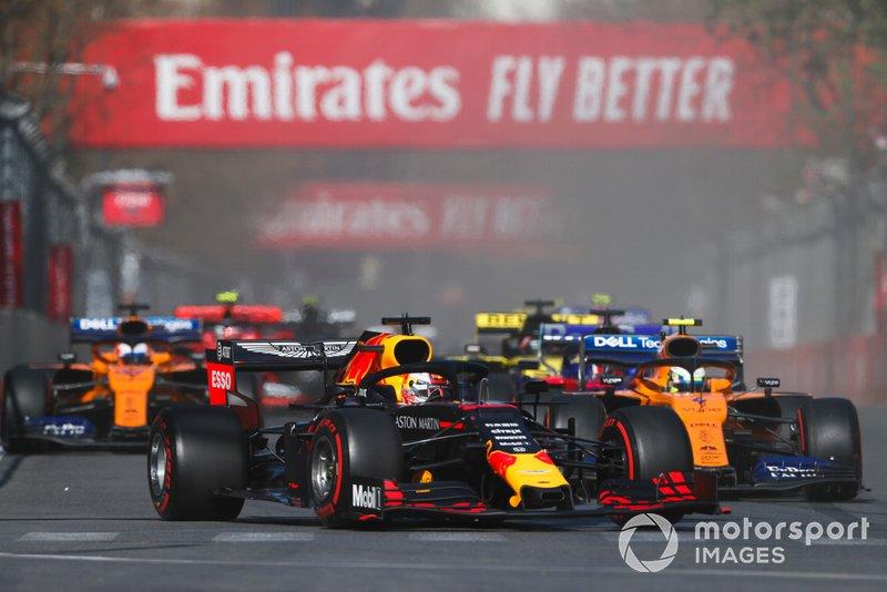 Max Verstappen, Red Bull Racing RB15, Lando Norris, McLaren MCL34, Daniil Kvyat, Toro Rosso STR14, Carlos Sainz Jr., McLaren MCL34