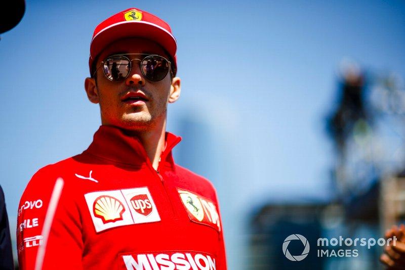 Charles Leclerc, Ferrari en el desfile de pilotos
