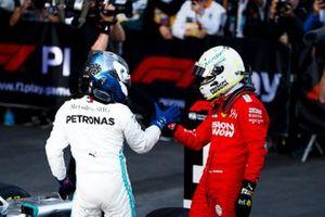 Sebastian Vettel, Ferrari, Valtteri Bottas, Mercedes AMG F1 in Parc Ferme