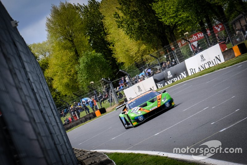 #63 GRT Grasser Racing Team Lamborghini Huracan GT3 2019: Mirko Bortolotti, Christian Engelhart