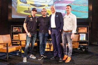 Max Verstappen, Prins Bernhard, Frits van Eerd en Robert van Overdijk, CEO Circuit Zandvoort