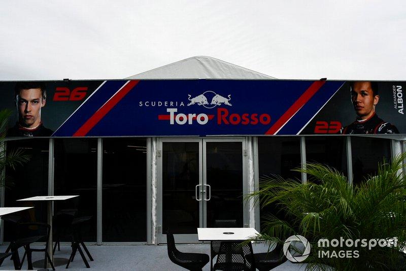 El hospitality de Toro Rosso