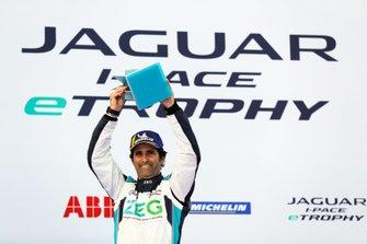 Sérgio Jimenez, Jaguar Brazil Racing, 3rd position, celebrates on the podium