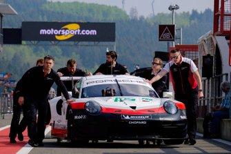 #92 Porsche GT Team Porsche 911 RSR in the pitlane