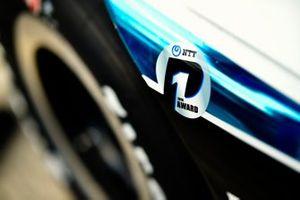 Takuma Sato, Rahal Letterman Lanigan Racing Honda celebrates winning the NTT P1 award, pole