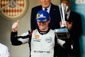 Oliver Rowland, Nissan e.Dams celebrates 2nd position on the podium