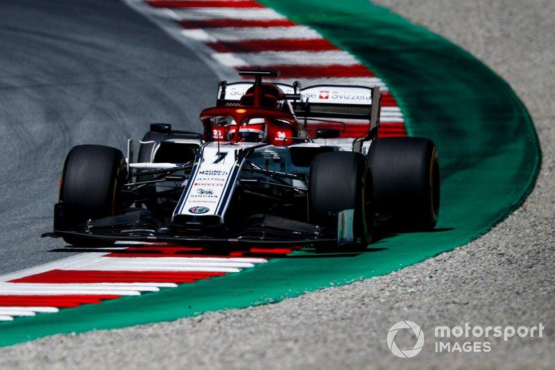 6: Kimi Raikkonen, Alfa Romeo Racing C38, 1'04.166
