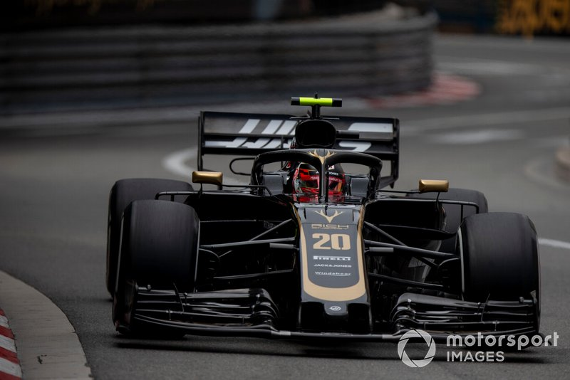 5: Kevin Magnussen, Haas F1 Team VF-19, 1'11.109