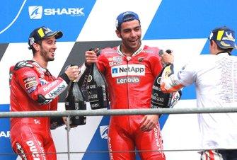 Подиум: победитель Марк Маркес, Repsol Honda Team, второе место – Андреа Довициозо, третье место – Данило Петруччи, Ducati Team