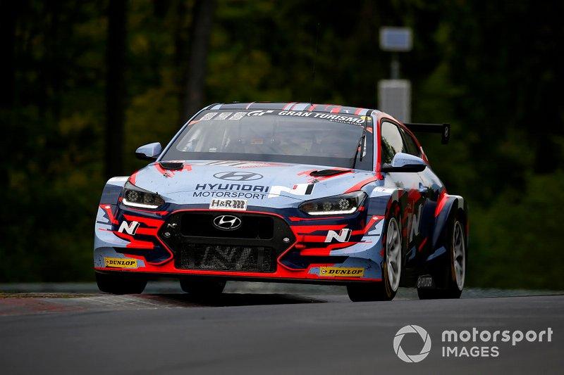 #171 Hyundai Motorsport N Hyundai Veloster N TCR: Nico Verdonck, Marc Basseng, Moritz Oestreich