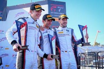Podium: derde #911 Park Place Motorsports Porsche 911 GT3 R: Romain Dumas, Mathieu Jaminet, Sven Müller