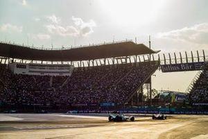 Tom Dillmann, NIO Formula E Team, NIO Sport 004 chases Alexander Sims, BMW I Andretti Motorsports, BMW iFE.18
