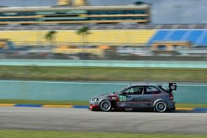 #39 MP3B Honda Civic driven by Jorge Ortiz and Enrique Gelpi of Race Factory Puerto Rico