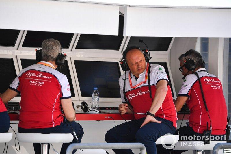 Frederic Vasseur, Team Principal, Alfa Romeo Racing, on the pit wall