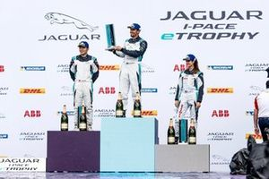 Bandar Alesayi, celebrates on the podium, alongside Yaqi Zhang, 2nd position, Célia Martin, 3rd position