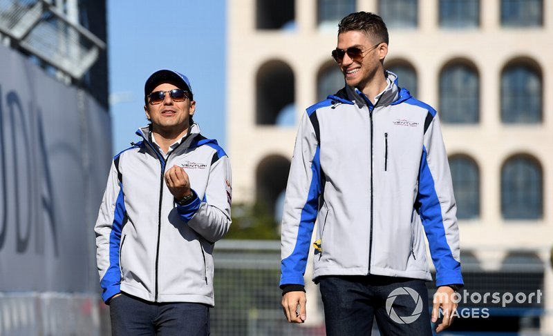 Felipe Massa, Venturi Formula E, Edoardo Mortara, Venturi Formula E, font le tour du circuit à pied