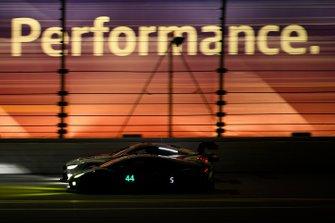 Джон Поттер, Энди Лалли, Спенсер Пампелли, Марко Мапелли, Magnus Racing, Lamborghini Huracan GT3 (№44)