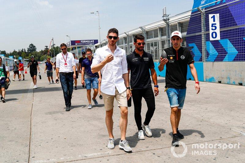 Edoardo Mortara Venturi Formula E, Jose Maria Lopez, GEOX Dragon Racing, Sébastien Buemi, Nissan e.Dams on the track walk