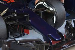 Scuderia Toro Rosso STR11 neus