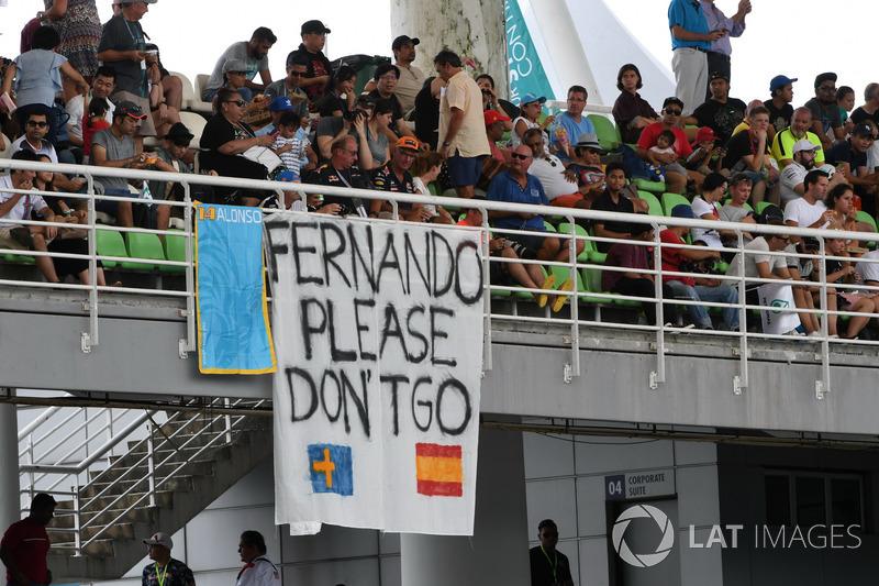 Fernando Alonso, McLaren fans and banners