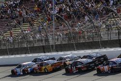 Martin Truex Jr., Furniture Row Racing Toyota, Kyle Busch, Joe Gibbs Racing Toyota