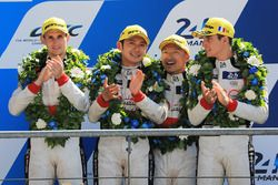 Podium general: segundo, Ho-Pin Tung, Oliver Jarvis, Thomas Laurent, DC Racing